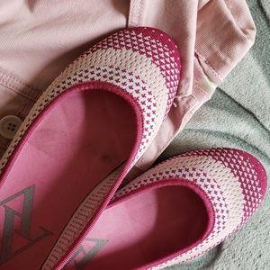 Adrienne Vittadini ballet shoe size 8